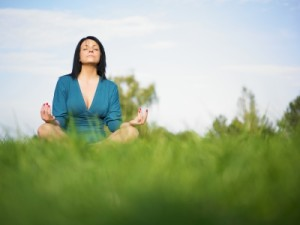 Know the benefits of meditation. Image courtesy of adamr/FreeDigitalPhotos.net